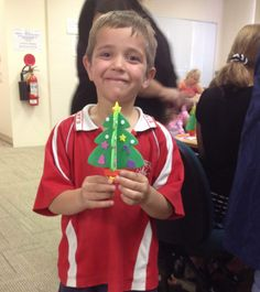 Wollondilly Library's annual Christmas Crafternoon for Kids is always popular and this year was no exception. Participants were as busy as bees making a range of cards and decorations.