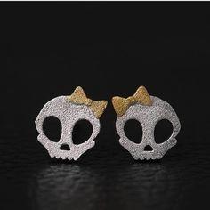 How nice Cute Princess Punk Bowdot Skull Silver Earring Studs ! I like it ! I want to get it ASAP!