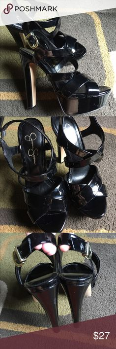 "Jessica Simpson platform sandals🌺 Front platform approx 1.5""🌺 heel 5.5"" 🌺 shoes are in good used condition🌺 Jessica Simpson Shoes Platforms"