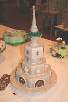 Cake Decorating Competition Uk : 1000+ images about Cakes & Sweets on Pinterest Novelty ...