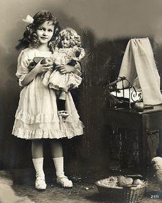 Фото, автор Виктория Joy на Яндекс.Фотках. with a doll