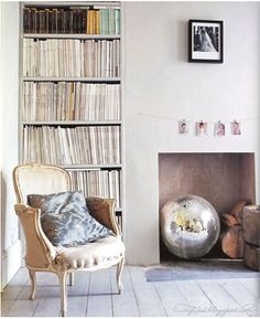 French Rococo armchair, all white living room with fireplace.add a bit of sparkle with an oversized disco ball. Bohemian Living Rooms, Living Room White, My Living Room, Living Room Decor, Living Spaces, Unused Fireplace, Faux Fireplace, Fireplaces, Empty Fireplace Ideas