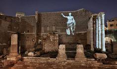 Una de las imágenes proyectada en el espectáculo 'Foro de Augusto. 2000 años después'.
