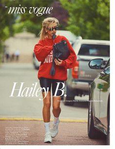 Moletom e bermuda ciclista: o editorial da Vogue Paris com Hailey Bieber relembra o estilo esportivo de Lady Di Hailey Baldwin Vogue, Estilo Hailey Baldwin, Hailey Baldwin Style, Hayley Baldwin, Vogue Paris, Mode Outfits, Fashion Outfits, Womens Fashion, Fashion Trends