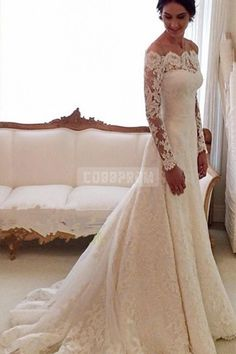 Scalloped Lace Chapel Train Trumpet Long Sleeves Wedding Dress
