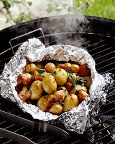 30 Picnic Ideas and Recipes to Make Your Picnic the Best - How to Have A Picnic - Use Foil on the Grill - It's a triple threat, really: The stuff prevents messes, lets you marinate food in a flash, and makes after-grill cleanup a breeze. Head over to redbookmag.com for more ways to hack your picnic this summer.