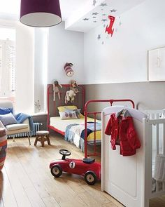 Big Kid, Little Kid: Shared Kids Rooms