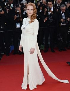 Jessica Chastain in a Versace dress and Bulgari jewels. Click to get her look.