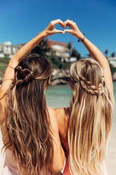 Coiffure de plage entre copines