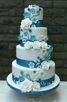 White Wedding Cakes Turquoise Ribbons, White Roses Just change the turquoise to royal purple Round Wedding Cakes, Elegant Wedding Cakes, Beautiful Wedding Cakes, Gorgeous Cakes, Wedding Cake Designs, Pretty Cakes, Amazing Cakes, Teal Wedding Cakes, Blue Wedding