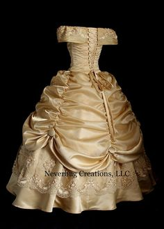 Gold Lace Beauty and the Beast Costume por NeverbugCreations