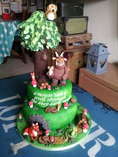 gruffalo cake 3rd Birthday Cakes, 3rd Birthday Parties, Gruffalo Party, Extreme Cakes, Cake Pop Designs, Anna Cake, Woodland Cake, Jungle Cake, Book Cakes