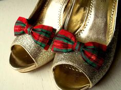 Hey, I found this really awesome Etsy listing at https://www.etsy.com/listing/244801408/christmas-shoe-clips-plaid-shoe-clips