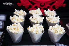 Glitter popcornboxes // diy // fifty shades of grey dessert table
