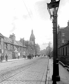 my grandparents lived off here at 17 step row in _when they were married. they lived with my geat great granparents. Dundee City, Historical Photos, Perth, Great Britain, Family History, Old Photos, The Row, Scotland, Grandparents