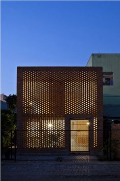 The Termitary House by Tropical Space - love the perforated brick facade Architecture Résidentielle, Tropical Architecture, Contemporary Architecture, Contemporary Interior, Design Exterior, Brick Design, Facade Design, House Design, Fence Design