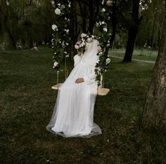 Beauty muslim bride # peçe nikab nikap nikabis kapalı çarşaf hicab hijab tesettür gelin düğün wedding Muslimah Wedding Dress, Muslim Wedding Dresses, Muslim Brides, Bridal Dresses, Hijab Bride, Girl Hijab, Cute Muslim Couples, Wedding Poses, Gowns