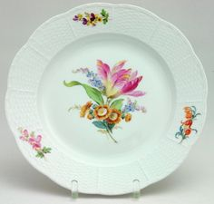 Meissen Speiseteller Blumenmalerei Korbrand alt in Antiquitäten & Kunst, Porzellan & Keramik, Porzellan | eBay!