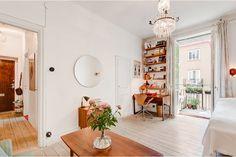 34 square meters apartment, Södermalm, Stockholm // Fastighetsmäklarna #study #living #sleeping
