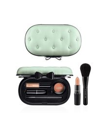 Sinfully Chic Face Kit