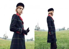 coat MOSCHINO, gloves LACRASIA, tights WOLFORD, hat  PIPPIN NEW YORK