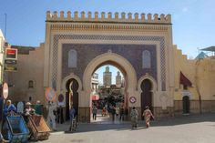 Best of Morocco Tour from Casablanca : Explore Marrakech and Sahara in 5 days Fes, Casablanca, Day Tours, Marrakech, Louvre, Street View, Graphic Design, Explore, Building