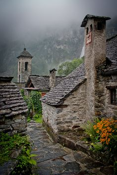 visitheworld:  Rainy days in the Alps, Foroglio / Switzerland (by korzhkov).