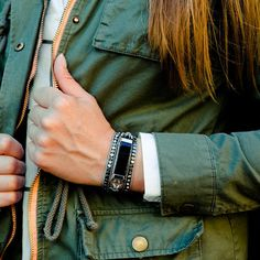 beautiful beaded band for your Fitbit Alta, in neutral tones like silver and gunmetal it will ada shine to any outfit. Made by FineFettl
