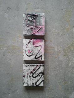 Petit triptyque abstrait rose et noir. Vendu.