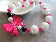 Hot pink and pearl chunky beaded necklace bow by PaigeandPenelope, $20.00