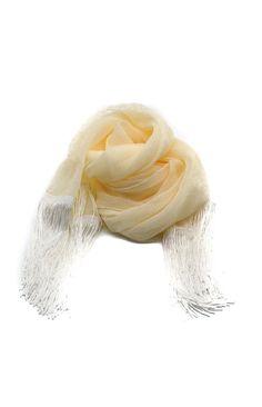 """Alege o esarfa ivory care vine in ton cu rochia ta de mireasa pentru a marca momentul nuntii cunoscut si sub numele de """"Dezvelirea miresei"""". Inlocuieste clasicul batic cu un accesoriu modern si in tendinte cum este o esarfa cu franjuri, dar alege o esarfa ivory daca rochia ta de mireasa este in aceasta culoare. Esarfa este realizata din poliester. Dimensiuni: 180 cm x 44 cm Plata se poate face ramburs sau online, iar livrarea in 72 de ore de la confirmarea comenzii. Pentru urgente va rugam sa ne Floral, Vintage, Fashion, Moda, Fashion Styles, Flowers, Vintage Comics, Fashion Illustrations, Flower"""