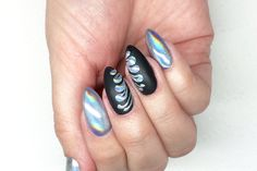 Holographic nails. Holo Manix, nail art