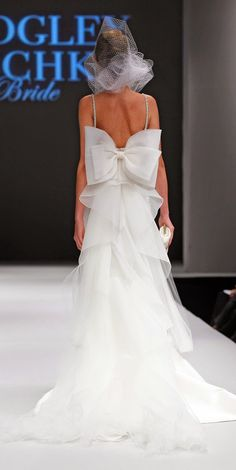 Bow big or go home ~ Badgley Mischka Bridal Fall 2015 | bellethemagazine.com