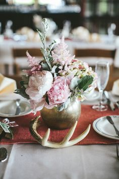 #peony, #antlers, #centerpiece  Photography: Woodnote Photography - woodnotephotography.com  Read More: http://www.stylemepretty.com/2013/08/29/wisconsin-wedding-from-woodnote-photography-2/