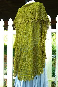 Incredible Evenstar shawl in Wollmeise lace=have to have a ravelry account to get the pattern