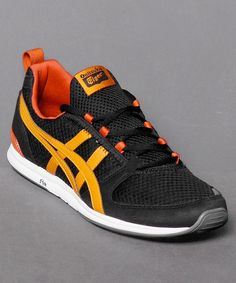 Aktuell bei Numelo: der Onitsuka Tiger Ult-Racer in Black - www.numelo.com/onitsuka-tiger-ultracer-p-24499123.html #onitsukatiger #ultracer #laufschuhe #sneaker #numelo