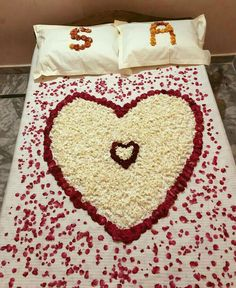 Wedding Night Room Decorations, Romantic Room Decoration, Romantic Bedroom Design, Love Painting Images, Love Heart Images, Cute Love Pictures, S Letter Images, Alphabet Tattoo Designs, Wedding Bedroom