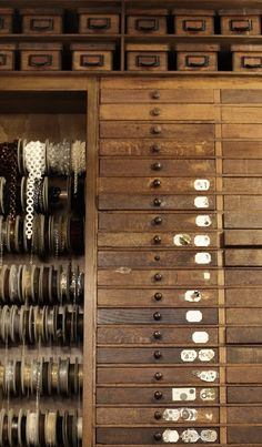 Mokkasin...how I would love to have a cabinet like this...
