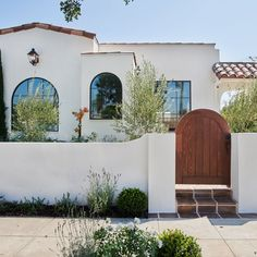 From a backyard resembling a Moroccan hotel to a kitchen with Italian farmhouse notes, this restoration project is full of international design ideas. Italian Farmhouse, Rustic Italian, Italian Home Decor, Spanish Bungalow, Spanish House, Mediterranean Style Homes, Spanish Style Homes, Spanish Style Bathrooms, Rustic Houses Exterior