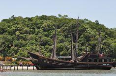 Paseo de barco pirata. #ScunaSul  Playa de Canasvieiras, Florianópolis, SC, Brasil.