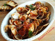 La zuppa di vongole al pomodoro è un secondo piatto estremamente saporito e gustoso; se poi si usano vongole surgelate è anche velocissimo da preparare