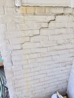 Are cracks in a house a concern? Yes! #exclusivebuyersagent advocate for buyers 100%