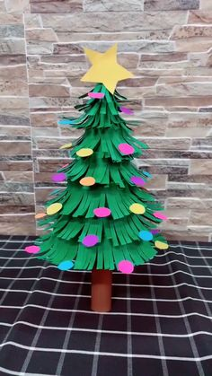 DIY Christmas Tree 2019 Christmas New In – DIY Mini Christmas Tree … DIY Christmas Tree 2019 Christmas New In – DIY Mini Christmas Tree with Red Carton Base for Office School Chain Store Decoration Photography Props Desktop Santa Tree Mini Christmas Tree, Christmas Crafts For Kids, Holiday Crafts, Christmas Ornaments, Christmas Store, Christmas Decorations With Paper, Christmas Tree Paper Craft, Homemade Christmas Crafts, How To Make Christmas Tree