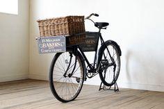 イギリス アンティーク パン屋さんの看板付き自転車