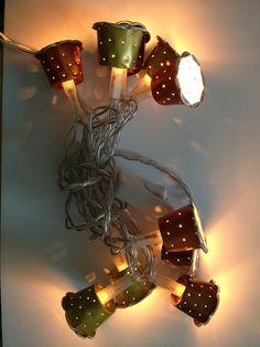 Ne jetez plus vos capsules ! Recyclez-les ! Bijoux Marque-pages Crèches Porte-clés Guirlandes source