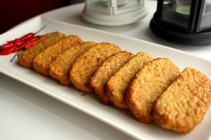 Indo Hungry Belly with Subkhan Tempeh, Tempe Goreng, Indonesian Cuisine, Indonesian Recipes, Easy Healthy Recipes, Healthy Food, Light Recipes, So Little Time, Food And Drink
