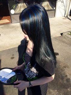 All over black with sapphire blue highlights. Hair Color Streaks, Hair Dye Colors, Hair Highlights, Black Hair With Blue Highlights, Hairstyles Haircuts, Cool Hairstyles, Hair Inspo, Hair Inspiration, Dye My Hair