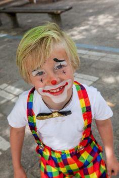 Clown Toddler Costumes, Costume Makeup, Clowns, Ronald Mcdonald, Play, Birthday, How To Make, Fun, Kids