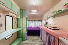 Caravanas Vintage en alquiler en el camping situado en primera línea de mar, en la Costa Dorada. Bunk Beds, Loft, Furniture, Home Decor, Beach Feet, Camper Van, Decoration Home, Loft Beds, Room Decor