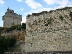 Chenehutte treves cunault petite cite de caractere chateau de treves et ramparts